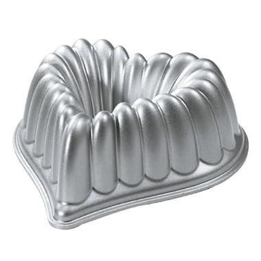 Nordic Ware 55548 Cast-Aluminum Elegant Heart Bundt Pan