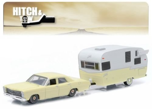 1967 FORD CUSTOM & SHASTA 15' AIRFLYTE * Hitch & Tow Series 5 * 2015 Greenlight Collectibles Truck & Trailer Limited Edition 1:64 Scale Die-Cast Vehicle - 1 Scale Truck 5