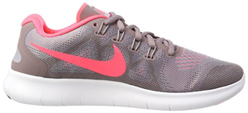 Nike Womens Free Rn 2017 Running Shoe Provence Viola / Hot Punch