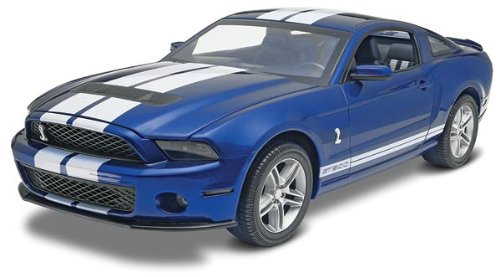 Revell Monogram 1: 12Maßstab 2010Ford Shelby Gt500 Auto 85-2623