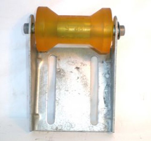 CE Smith Trailer 10451G Galvanized Roller Bracket Assembly, 5