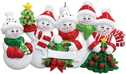 amazon com treasured ornaments snowman family of 5 personalized christmas holiday ornament home kitchen treasured ornaments snowman family of 5 personalized christmas holiday ornament