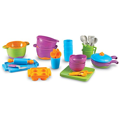 Learning Resources New Sprouts Classroom Kitchen (Classroom Play Food Set)