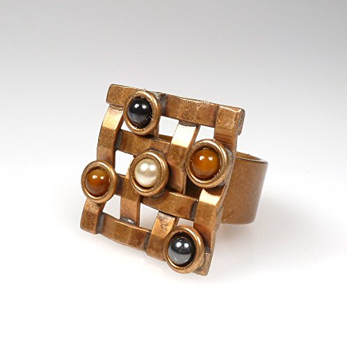 Woven Metal Ring with Scattered Stones