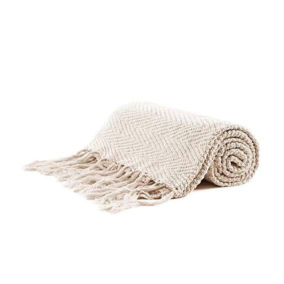 """Longhui bedding Fringe Knit Cotton Throw Blanket, 50 x 63 Inches Decorative Knitted Cover with 6 Inches Tassels, Bonus Laundry Bag - 3.12lb Weight, Couch Blankets, Cream - ELEGANT KNITTED BLANKET: Beautiful knitting is what gives our throw blanket fancy touches of detailed sophistication. The woven pattern brings a decorative element to any sofa, couch, bed, recliner or sitting bench. BIG ENOUGH FOR SNUGGLING: Measuring 50""""x63"""", the knit blanket is large enough to cover two people. Spend the night in watching Netflix beside your significant other blanketed by the warmth of this knitted throw! HEAVY WEIGHT 100% COTTON: Weighing in at 3.12 pounds, our signature knitted throw blanket is weighted to deliver unparalleled comfort. It's soft & cozy but also heavy enough to keep the chill out on cold winter days. - blankets-throws, bedroom-sheets-comforters, bedroom - 41CnjTMUt2L. SS570  -"""