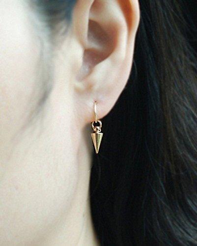 Amazoncom 20 Gauge Cartilage Hoop Earring With Metal Spike Cone