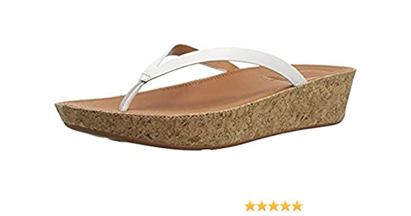 2050ed987 FitFlop Women s Linny Toe Thong Sandals - Leather   Sunlotion Bundle