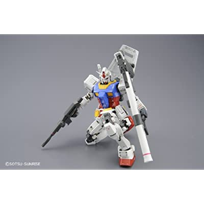 Bandai Hobby MG Gundam RX-78-2 Ver. 3.0 1/100 Scale Action Figure Model Kit: Toys & Games