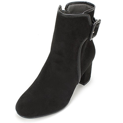 WHITE MOUNTAIN Women's Callaway Ankle Bootie, Black, 10 M (Womens Mountain Ankle Boot)