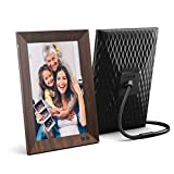 Photo : Nixplay Smart Digital Photo Frame 10.1 Inch Wood-Effect - Share Moments Instantly via EMail or App