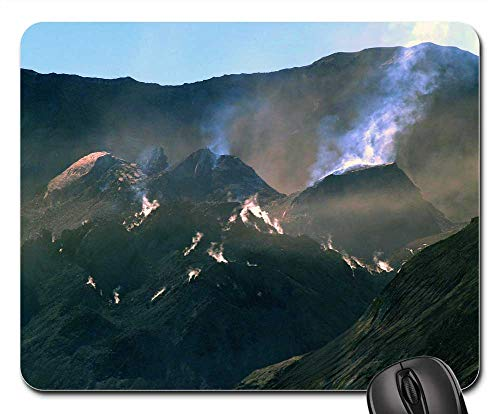 (Mouse Pad - Mount St Helens Washington State Volcano USA)