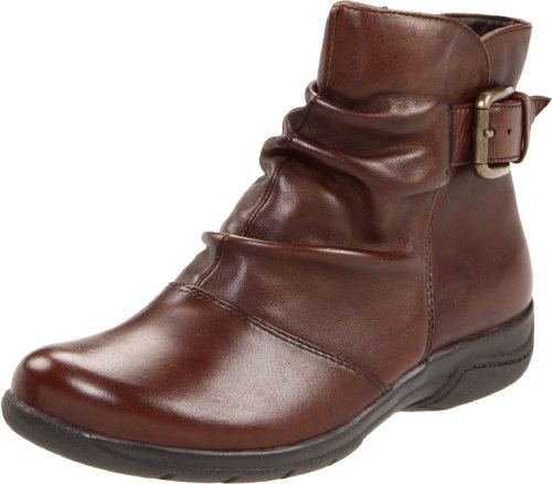 Clarks Women's Chris Sydney Boot,Brown Leather,6 M US