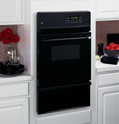 "GE JGRP20BEJBB 24"" 2.8 cu. ft. Total Capacity Gas Single Wall Oven with 13000 BTUs, in Black"
