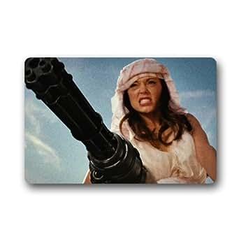 Close Up Grindhouse pistola de chica sexy personalizada antideslizante alfombrillas de interior/exterior puerta Cover (23,6x 39,88cm)