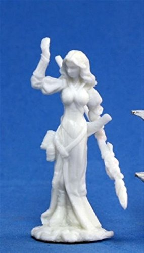 Hyrekia, Elf Sorceress (1) Miniature