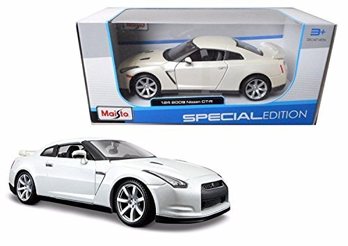 Maisto New 1:18 W/B Special Edition - White 2009 Nissan GT-R Diecast Model ()
