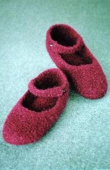 - Crocheted Felt Ballet Slippers Pattern (AC-66)