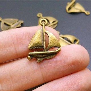 (16 pcs Sailboat Ship Charms Antique bronze Charm pendants 24x18mm (CB165))