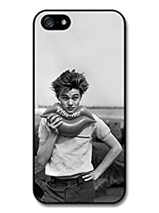 Leonardo Dicaprio Young Kiss Me case for iPhone 5 5S A1339