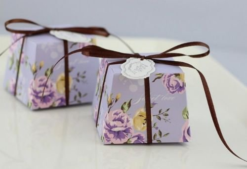The Pecan Man 50pcs Floral Trapezoid Candy Boxes Wedding Themed Gift Sweets Purple (Necklace Dollar Sign Jumbo)