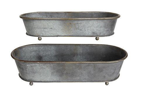 (Creative Co-op Oval Tin Planter with Feet (Set of 2 Sizes))