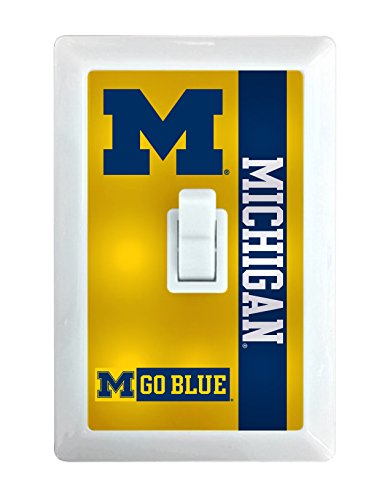 Michigan Wolverines LED Light switch ()