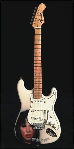 Fender Stratocaster Mick Jagger Face: Jagger,Mick-Mini Guitar ...
