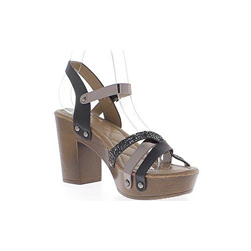 Grande 9cm cuero de diamantes de imitación y el reborde metálico talón negro sandalias