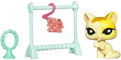 Littlest Pet Shop Assortment B Series 3 Collectible Figure Bunny