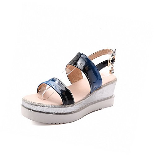 Leather Solid Heels Sandals AgooLar Women's Blue Toe Patent Kitten Open Buckle ZXgIqT