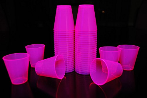 2oz 50 Count Neon Blacklight Reactive Plastic Shot Glasses + 5 Blacklight Balloons (Neon ()