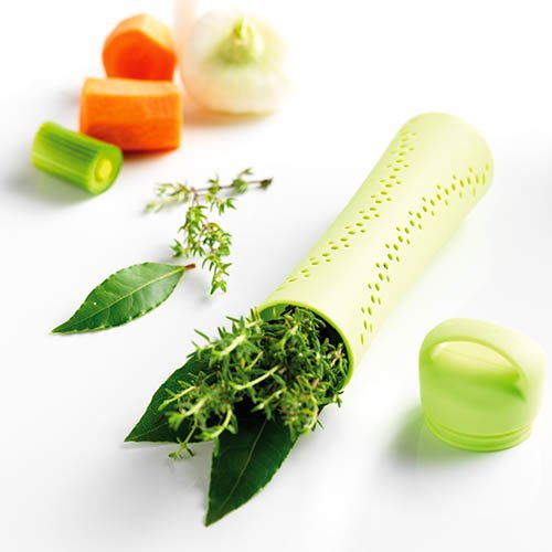 Mastrad Herb and Spice Infuser - Silicone Infuser Has Small Holes and Lid To Keep Herbs From Escaping