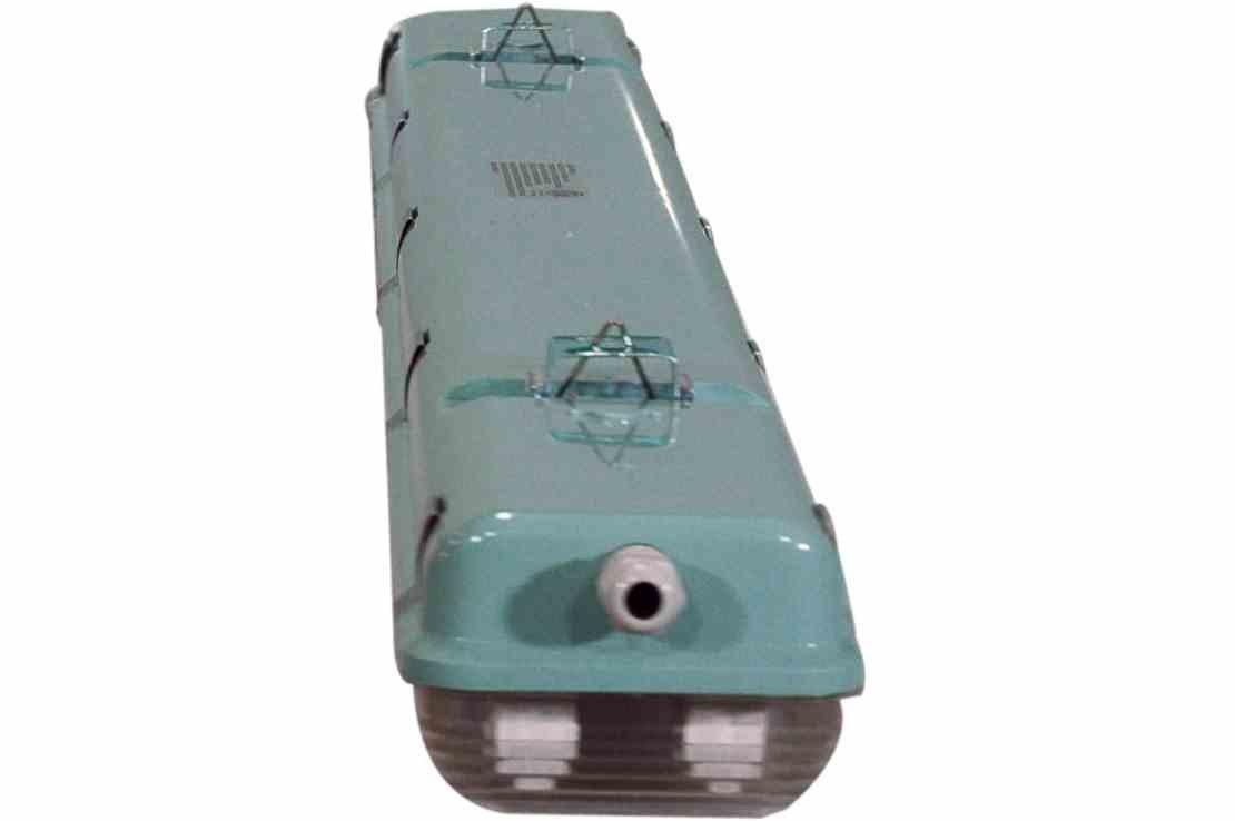 56 Watt Vapor Proof LED 4 Foot Light for Outdoor Applications - 7000 Lumens - 6' Cord - IP67 by Larson Electronics (Image #4)