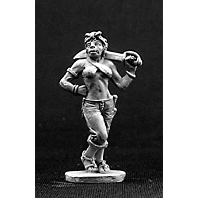 Rozmina - Female Half-Orc Pirate MINT/New: Toys & Games