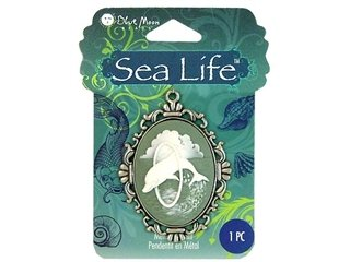 Blue Moon Beads ZP-001-21391 Sea Life Antique Silver Dolphin Cameo (Cut Dolphin Charm)