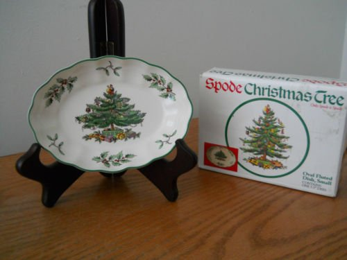 Spode Christmas Tree Oval Fluted Small 5.5