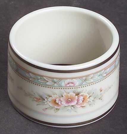Noritake Rothschild China Napkin Rings, Set of four