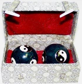 yin-and-yang-chinese-health-balls