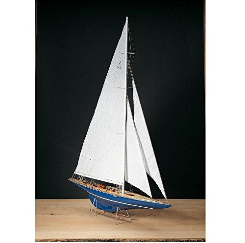 Amati #1700/50 Endeavour Model Ship Kit, Pre-Carved Solid Wood Hull, 1/80 Scale