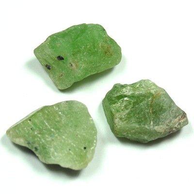 """Peridot Chips (1/2"""" - 3/4"""") - 1pc."""