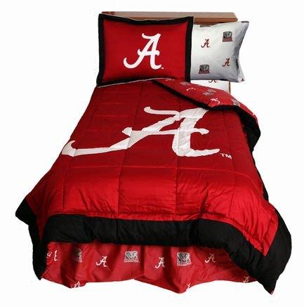 Alabama Crimson Tide (4) Piece QUEEN Size Reversible Comforter Set - (NOTE: DUST RUFFLE BEDSKIRT INCLUDED!) - Set Includes: (1) QUEEN Size Comforter, (2) Shams and (1) Dust Ruffle Bedskirt