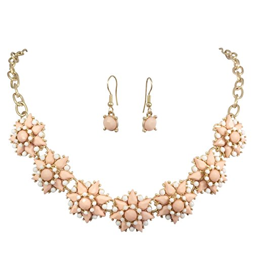 (7 Star Flower Cluster Bubble Gold Tone Boutique Statement Necklace & Earrings Set (Light Pink & White))