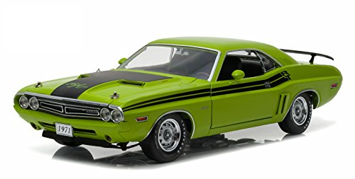 GreenLight 1971 Dodge Challenger HEMI R/T  Green Go (1:18 Scale) Vehicle (Challenger Dodge 1 18 compare prices)