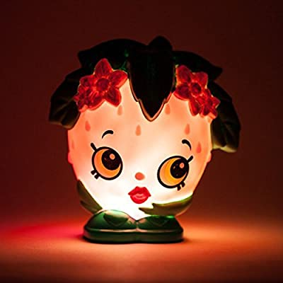 ILLUMI-MATE 'Strawberry KISS' - Portable Night Light- Perfect for Taking Camping, Holidays or sleepovers.: Toys & Games