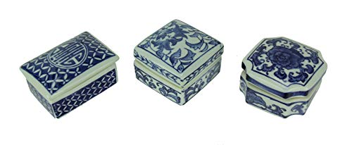 A&B Home Leith Blue and White Decorative Boxes, Set of Three Classic Vintage/Blue