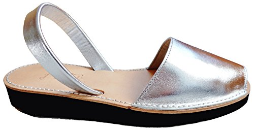 Menorquin avarcas with wedge / platform of 2.5 cm. Menorcan sandals, avarcas menorquinas, Zebra and leopard, abarcas