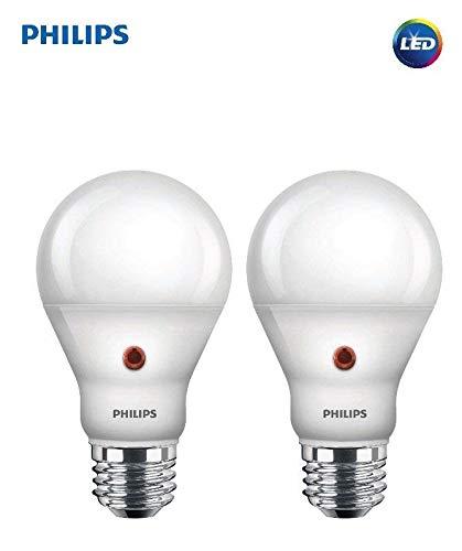 Philips LED Dusk-to-Dawn A19 Frosted Light Bulb: 800-Lumen, 2700-Kelvin, 8-Watt (60-Watt Equivalent), E26 Medium Screw Base, Soft White, (2 Pack) (Dusk-to-Dawn)