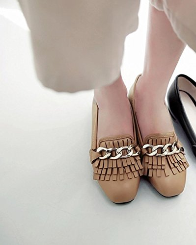 Carolbar Womens Low Heels Moccasins Chains Tassels Casual Loafers Flats Apricot Y297a5n6