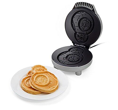 ThinkGeek Star Wars BB-8 Waffle Maker