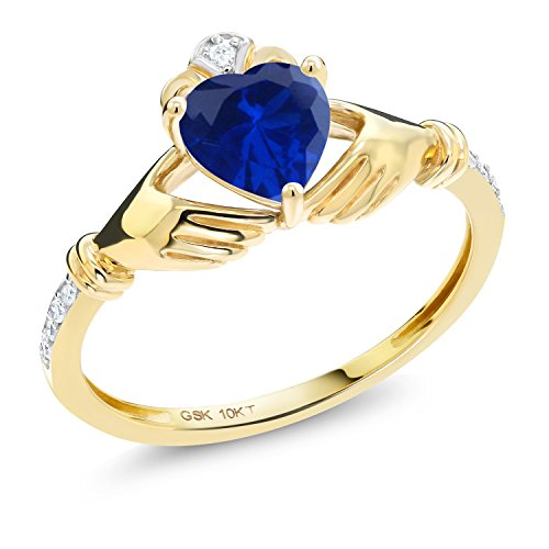 Gem Stone King 0.86 Ct Irish Celtic Claddagh Blue Simulated Sapphire Diamond Accent 10K Yellow Gold Ring (Size 7)